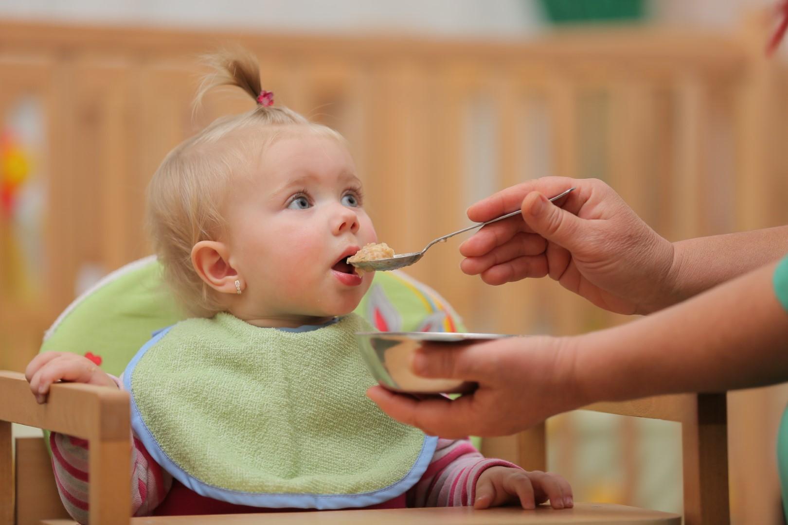 Исхрана на деца во Јасли (0-2 години)