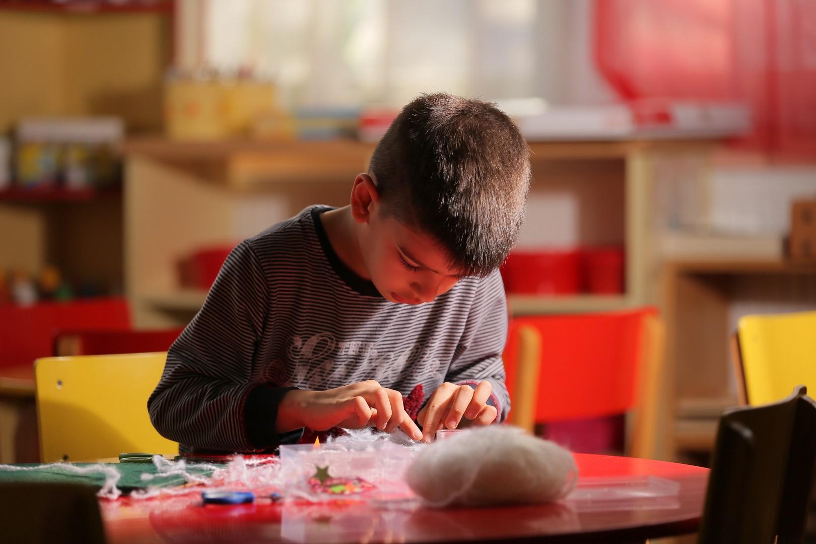 Ushqimi ditor për fëmijët e moshës 4-6 vjeç me mësim të vazhduar