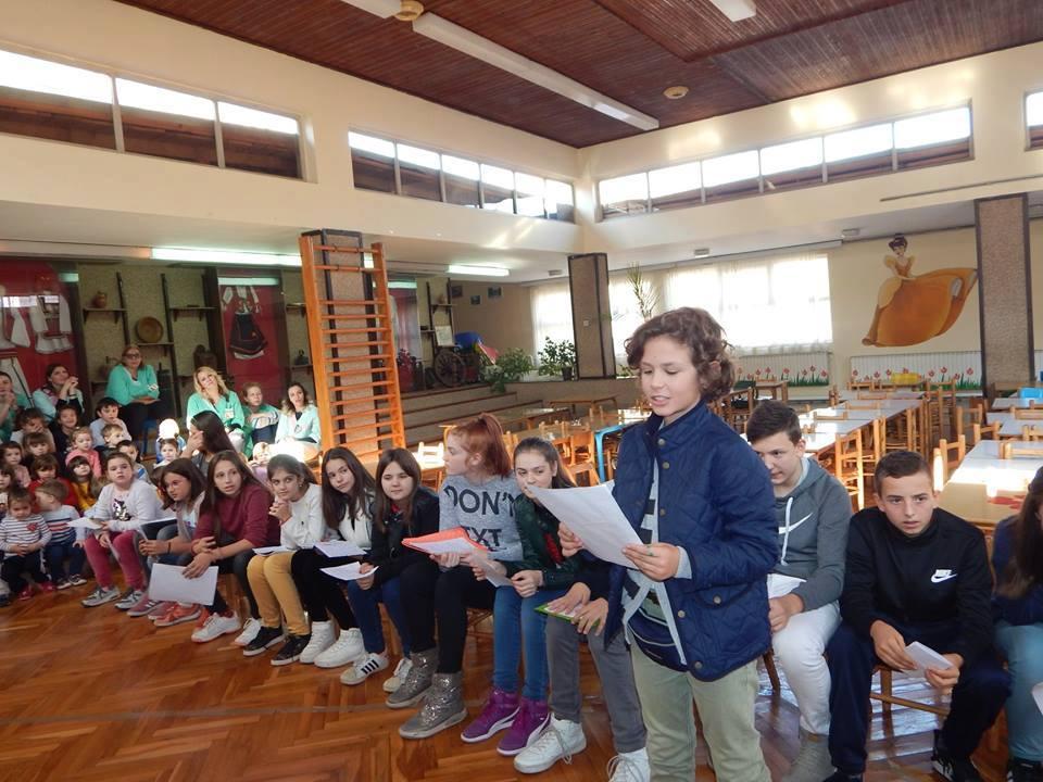 Средба со ученици – членови на литературна секција