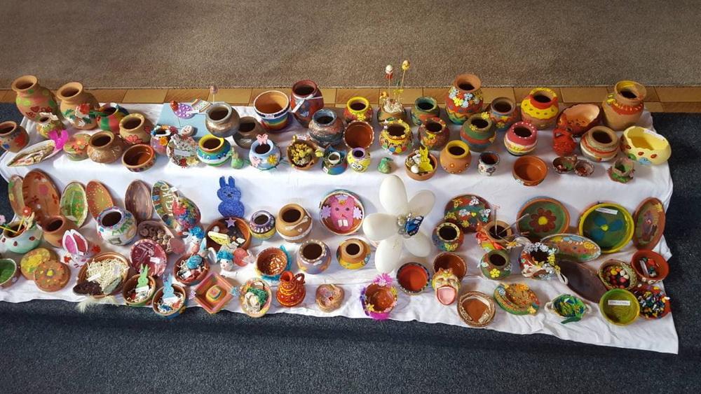 """""""Пролетно декорирање на производи, форми и предмети од глина"""" – објект """"Бубамара"""""""