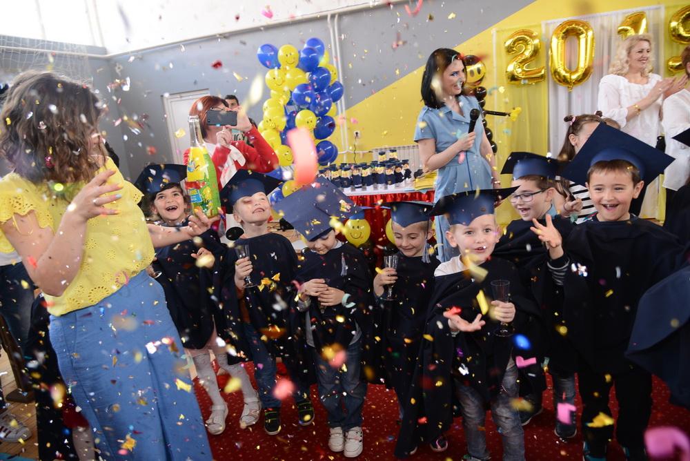 """Мини забава за мини матуранти во објект """"Славејче"""""""